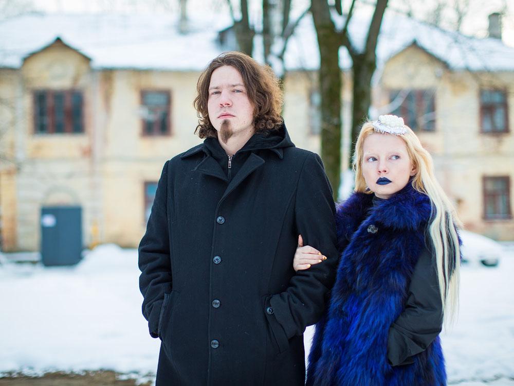 Братик и сестричка (взрослые фото)